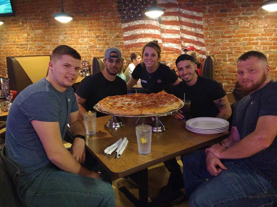 sl-scottsbluff-big-pizza