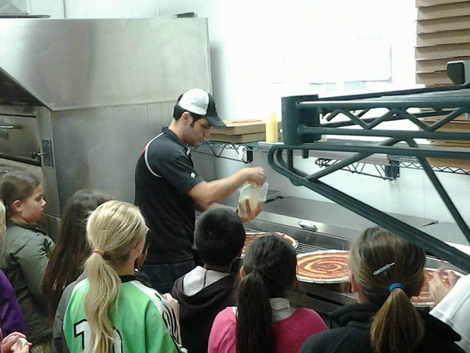 sl-scottsbluff-kids-in-kitchen